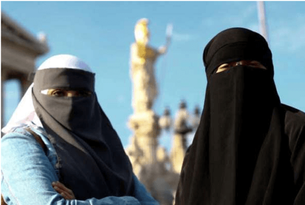 Sri Lanka bans all types of face covers including burqa after Easter Sunday bombings